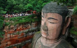 buddha leshan sichuan